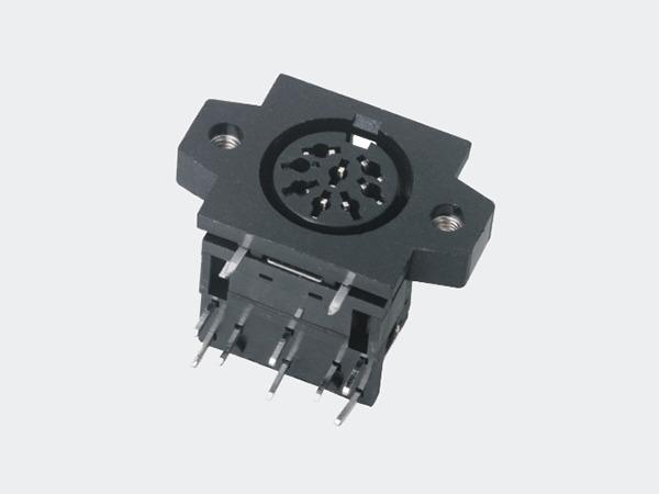 降压式插座开关稳压器实例分析