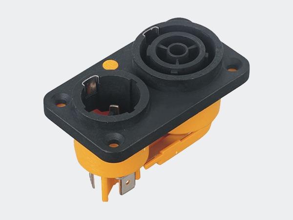 如何正确选择电子连接器插头?